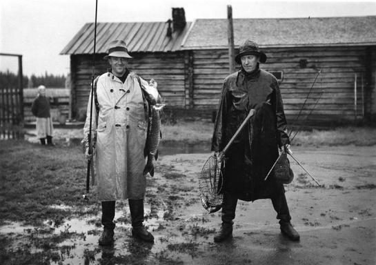 Björn Soldan and Heikki Aho at the filming of JUHA in 1937